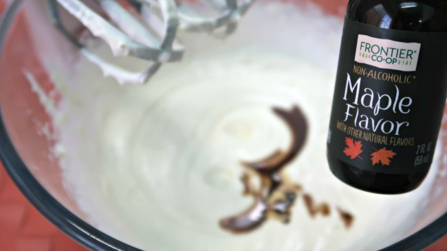 Adding maple flavor to whipped cream