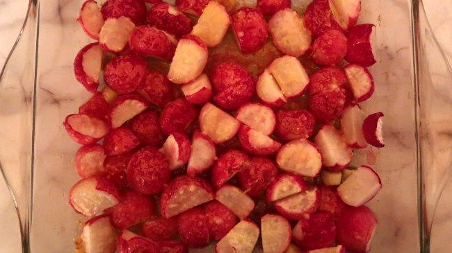 Roasted-Radishes-Recipe-with-garlic