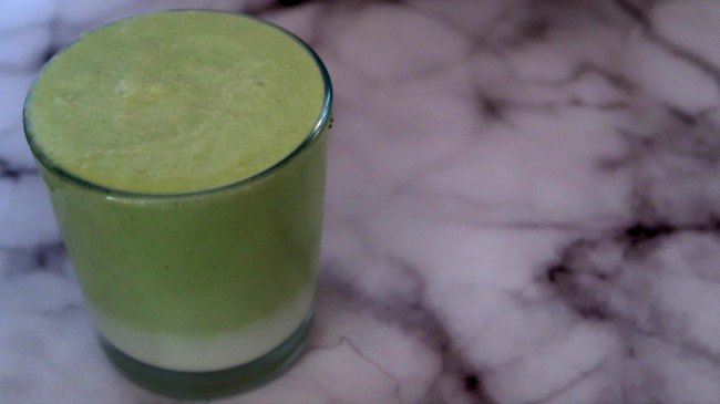make ahead green smoothie for breakfast