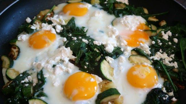 Green Shakshuka - Keto Valentines breakfast idea