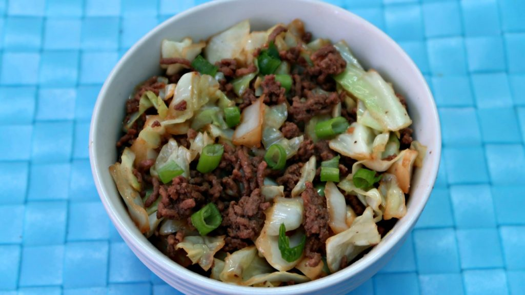 Egg roll in a bowl - keto recipes for beginners