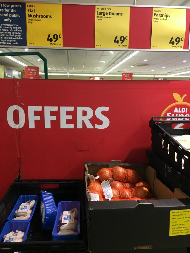 Mushrooms and keto vegetable offers at ALDI
