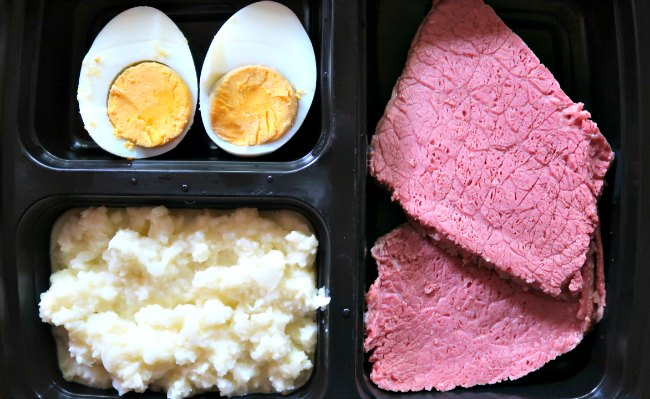 Corned beef and cauliflower mash meal prep boxes