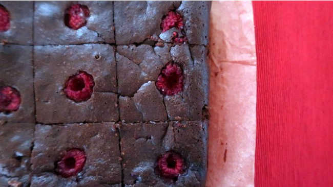 Raspberry Brownies Recipe - How to make easy low carb gluten free chocolate brownie dessert